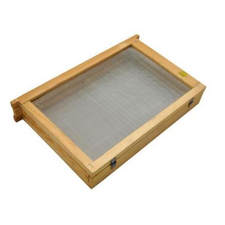 Izolator do poddawania matek 1-ramkowy Ostrowskiej – drewniany z metalową siatką
