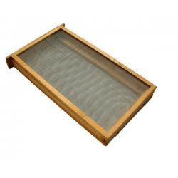 Izolator do poddawania matek 1-ramkowy Warszawski Zwykły – drewniany z metalową siatką